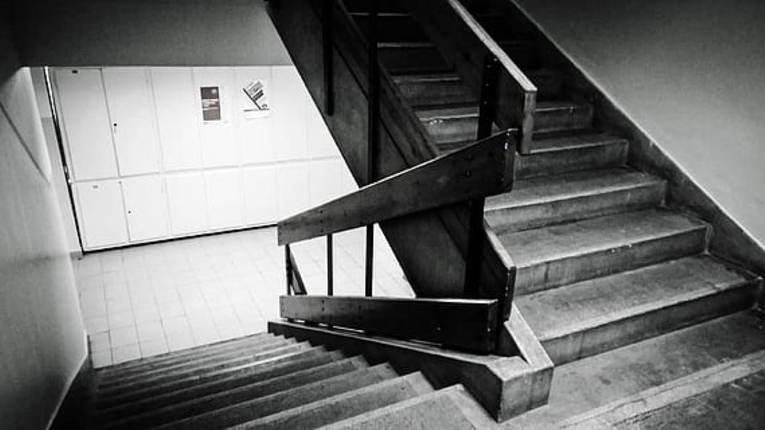 Šesti bez lifta